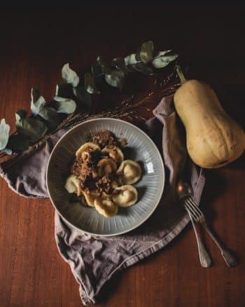 Hausgemachte Tortellini mit Kürbis Kartoffelfüllung