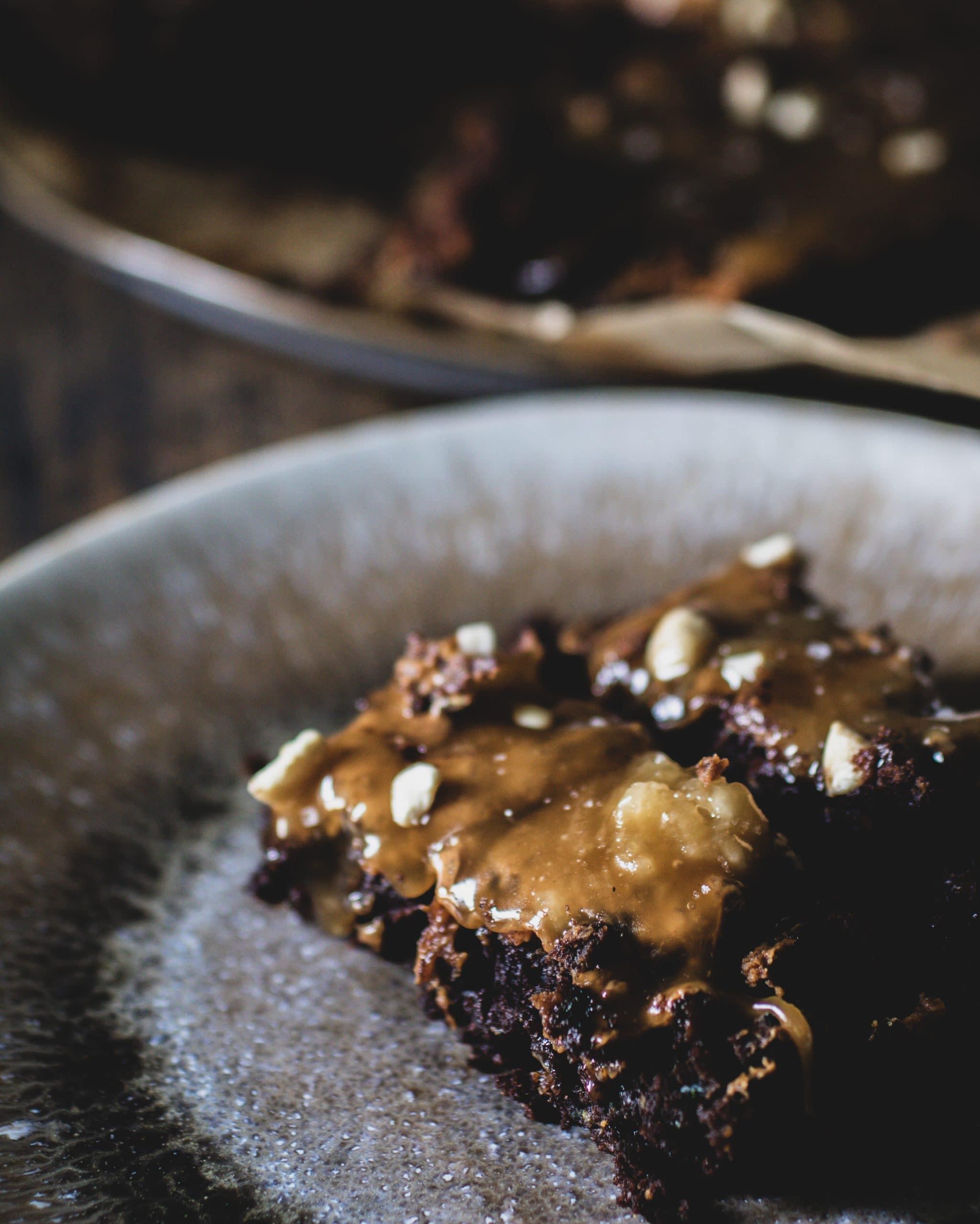 Schoko Erdnussbutter salted Caramel Brownie