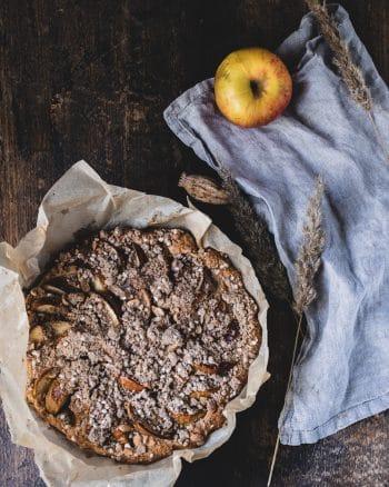 Apfelkuchen mit Erdnüssen (vegan & einfach)